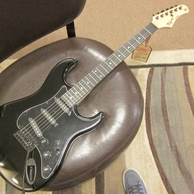 Tagima TW 500 mono black Strat style guitar for sale