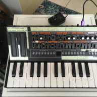Roland Roland Boutique Series JP-08 with K-25m Keyboard