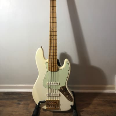 MJT  5-string Parts Jazz Bass Fender, Nordstrand, nitrocellulose lacquer, Hipshot, Warmoth 20 for sale