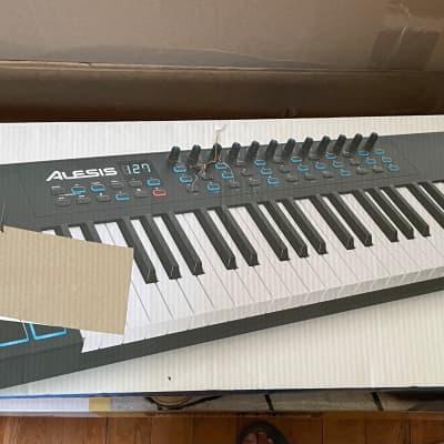 Alesis VI49 USB MIDI Keyboard / Pad Controller
