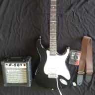 Tanara-Teton Electric Guitar Package Black/White for sale