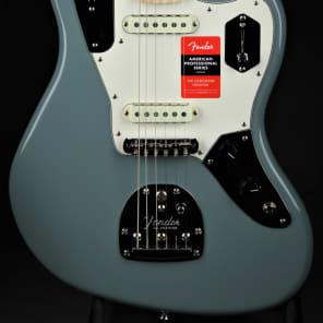 Fender American Professional Jaguar - Sonic Gray