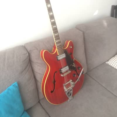 Guild  Starfire V 1968 used to be Feist's back up Starfire for sale