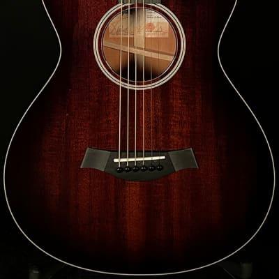 Taylor Guitars 522ce 12-Fret