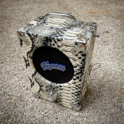 Pignose Pignose 7-100 Legendary Portable amp  2020 Snakeskin (fake)