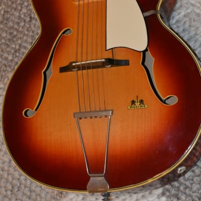 Alte Gitarre Guitar Musima Archtop Made in Germany Mit Tonabnehmer for sale