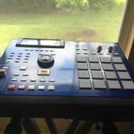 Akai MPC2000XL Special Ed. 32 MB / 8 out EXC Azure Blue