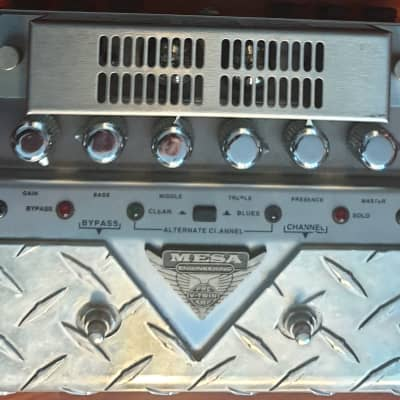 Mesa Boogie V-Twin Tube Preamp Pedal 2nd generation