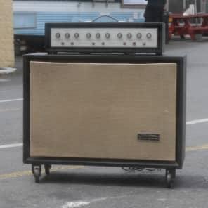 Silvertone Model 1465 Solid State 150 6x10 Guitar Piggyback