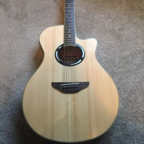 Yamaha APX500II Thinline Acoustic/Electric Guitar Natural