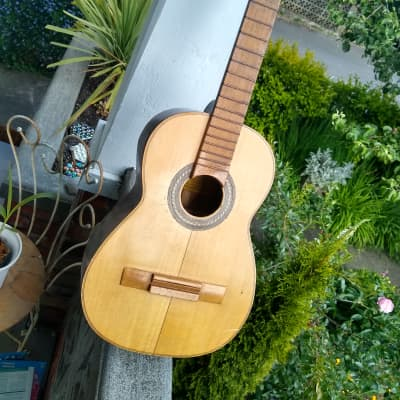 Candelas  Guitar1958 for sale