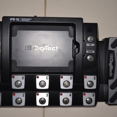 Digitech iPB-10 Programmable iPad Multi-Effects Pedalboard +  Made-To-Measure Flight Case