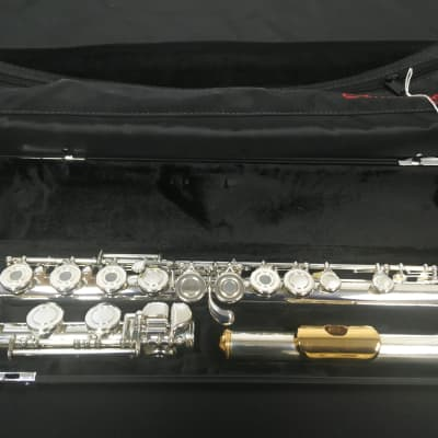 Armstrong 800BEF Step-Up Flute (In-Store Demo)