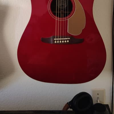 Fender California Series Redondo Player Dreadnought with Electronics Candy Apple Red