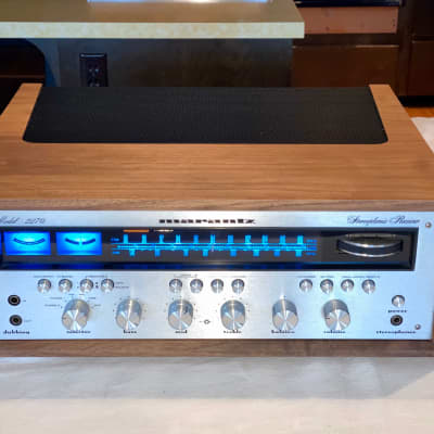 Marantz Model 2220 Stereophonic Receiver