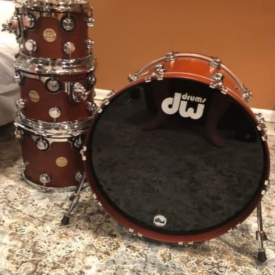 DW Collector Series 2005 Tobacco Oil Stain