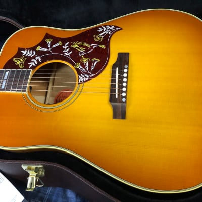 NEW! Gibson Hummingbird Original Heritage Cherry Sunburst Finish - Authorized Dealer - Orignal Case