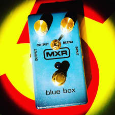 MXR Blue Box Octave/Pitch Fuzz w/C11 Mod!