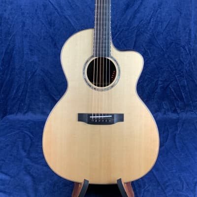 Auden Artist 45 Rosewood Chester Model Spruce Top Cutaway in Hard Case Pre-owned for sale