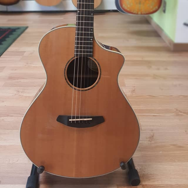 Breedlove Premier Concert Acoustic-Electric Guitar PRC22CE, solid top, back and sides, made in USA image