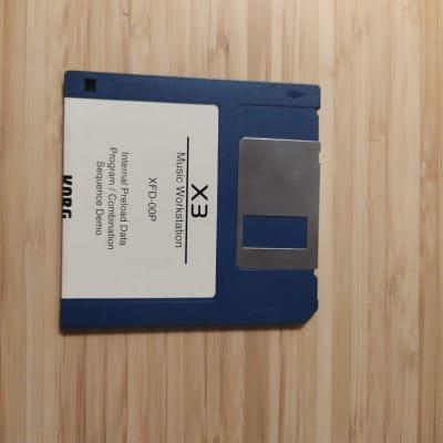 Korg X3 / KORG X3R - Floppy disk XFD - 00P Internal Preload data - Vintage 90's - Excellent conditio