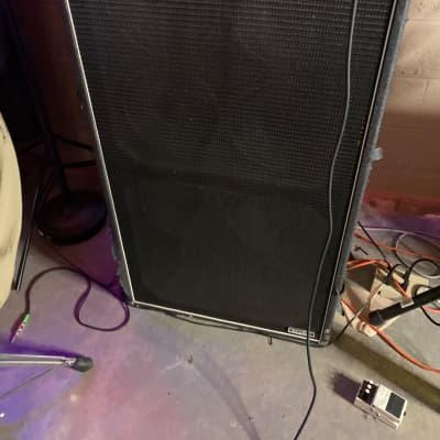 """Ampeg SVT-810E Classic Series 800-Watt 8x10"""" Bass Speaker Cabinet"""