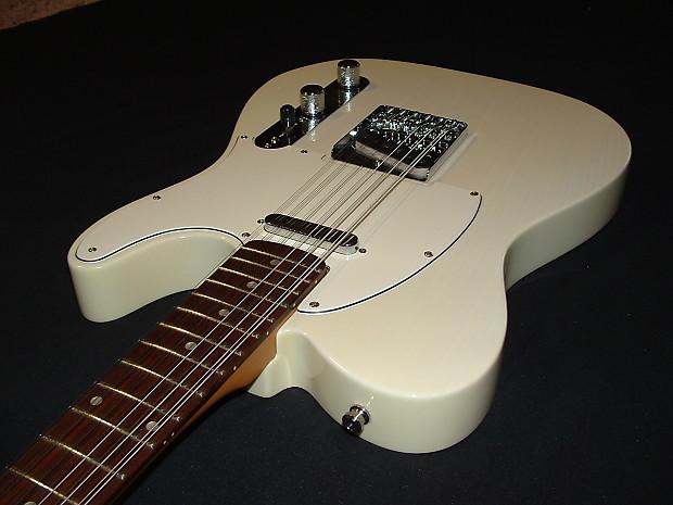 fender  custom 12 string telecaster vintage white