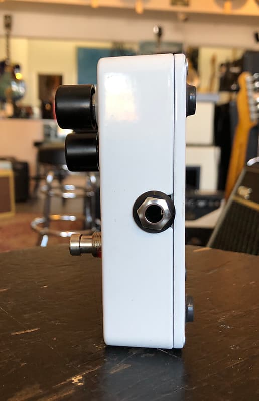electro harmonix ehx nano big muff pi fuzz guitar effect reverb. Black Bedroom Furniture Sets. Home Design Ideas