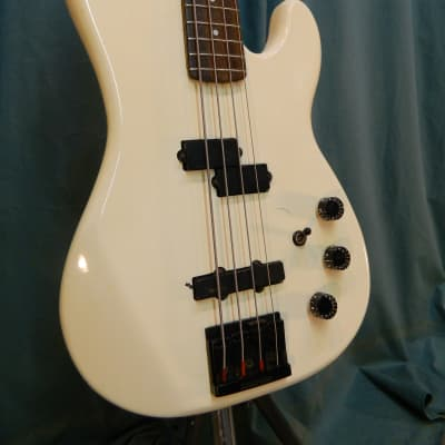 Kramer 700ST c.1990 White for sale
