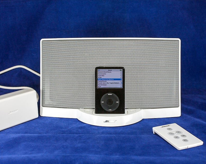 GUITARIST'S DREAM Apple iPod 5 5G 80GB & Bose Sound Dock, Complete System  w/ Remote & Power Supply