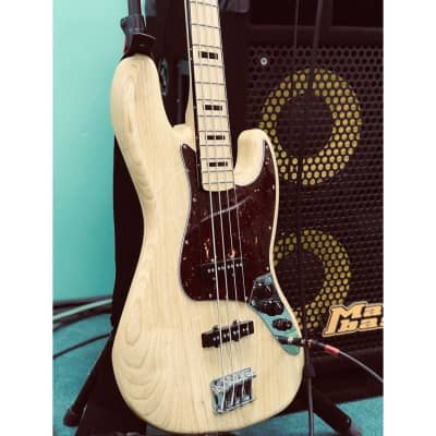 Fender Special Edition Deluxe Jazz Bass Ash with Precision Maple Fretboard Natural 2017 for sale