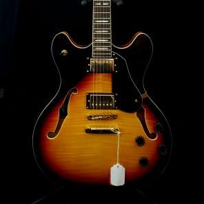 Peavey JF-1 Hollowbody Electric Guitar Sunburst