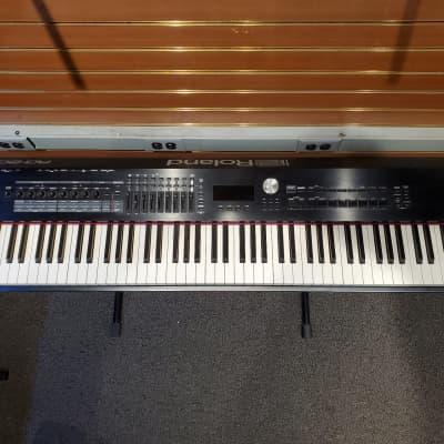 Roland RD-2000 88-Key Digital Stage Piano