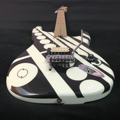 EVH Striped Series - Rare 2014 Black and White Crop Circles / See Ya / Unchained Guitar - Van Halen! for sale