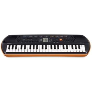 Casio SA-76 44-Key Portable Mini Keyboard