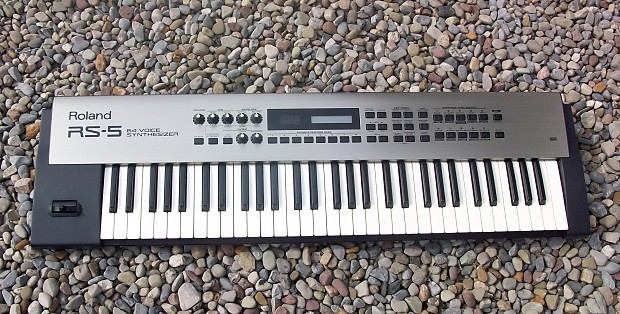 Roland RS-5 61-Key 64-Voice Synthesizer