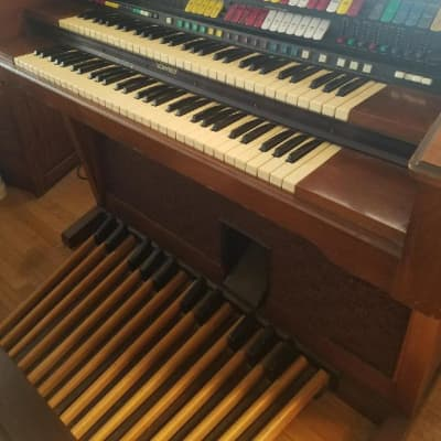 Lowrey Coronation Organ with Magic Genie 4 Channel Late 1970's Brown