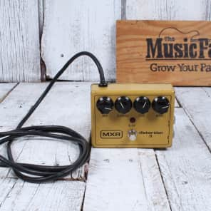 MXR Vintage 1981 Distortion II M142 Electric Guitar Distortion Effects Pedal