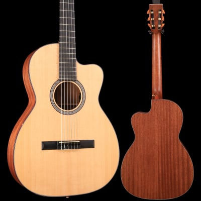 Martin 000C Nylon Special Edition w/ Hard Case S/N 2274446 4lbs, 3.8oz for sale