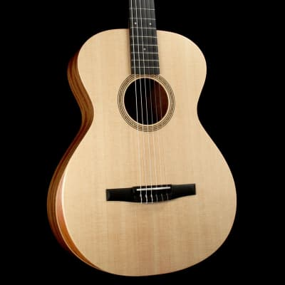 Taylor Academy 12-N Grand Concert Nylon-String Acoustic Natural image