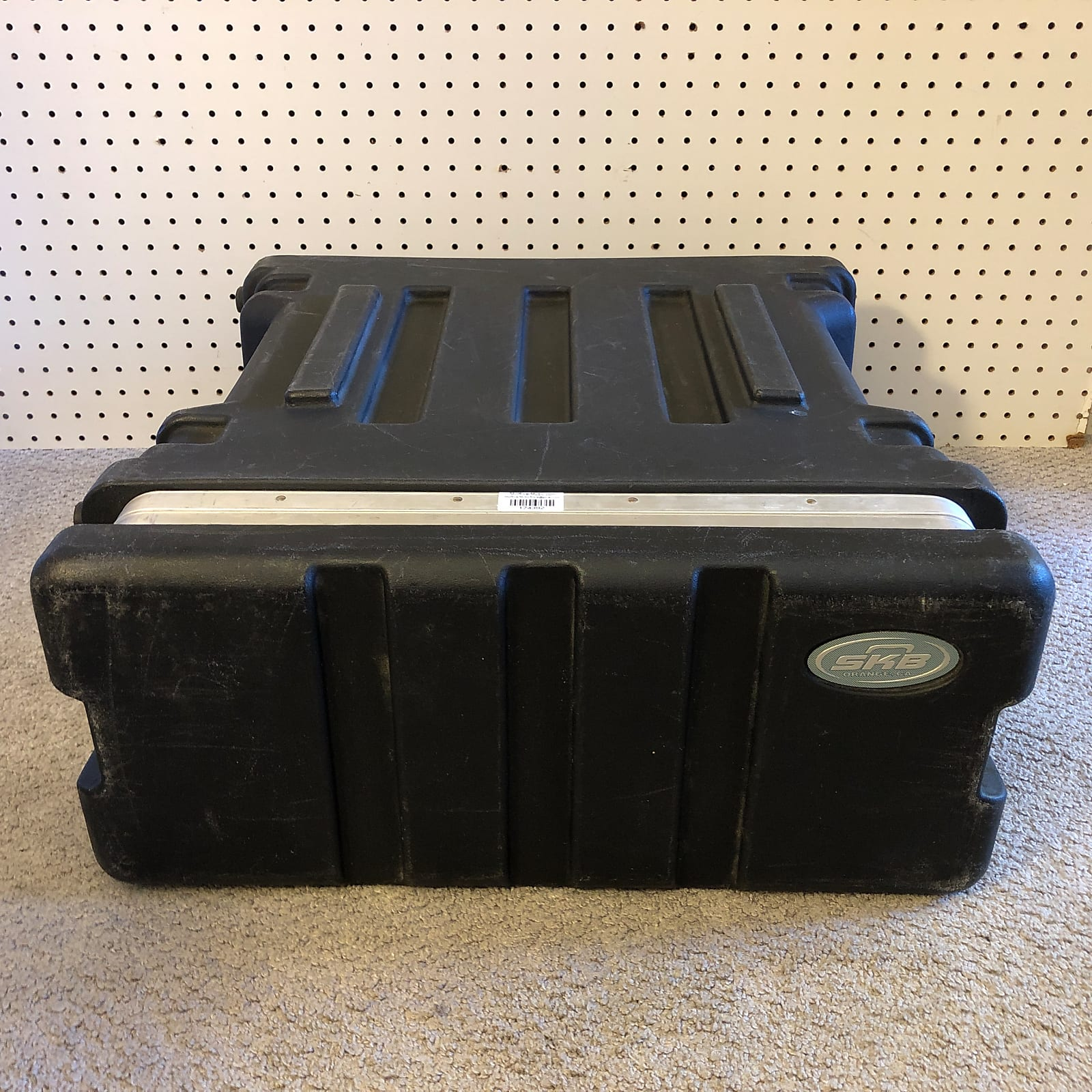 SKB 4U Molded ATA 4-Space Molded Effects Rack Case