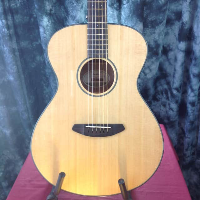 Breedlove Discovery Concert LH Natural Acoustic Electric #23502 image