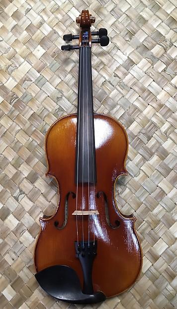 Fiddlerman Concert Violin | Rogers Guitars | Reverb