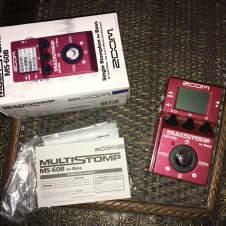 Zoom MS-60B Bass Multi Effect pedal