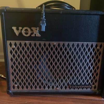 Vox Valvetronix AD15VT 15-Watt 1x8