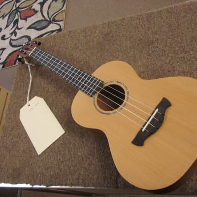 Tagima UK47 deluxe tenor ukulele for sale