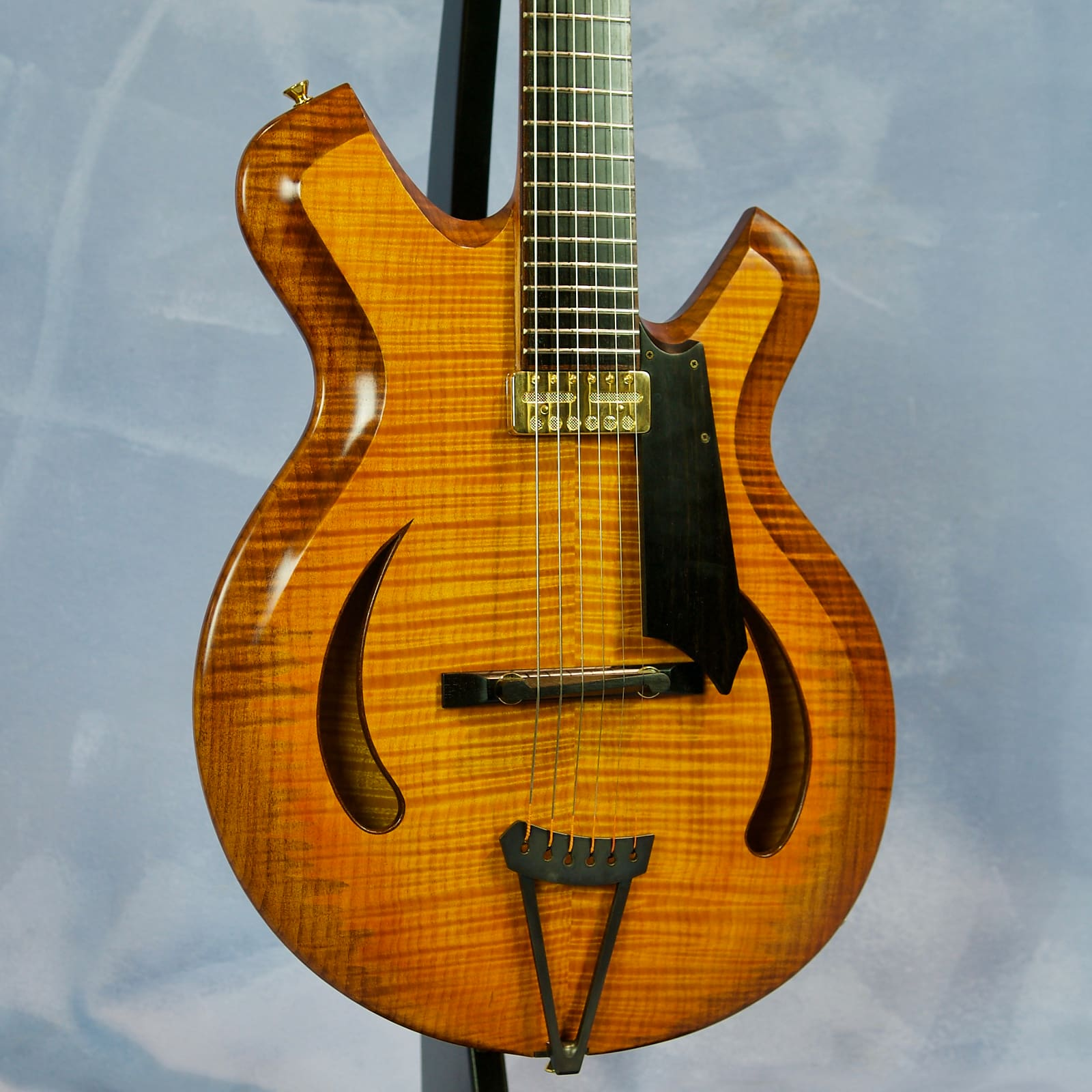 Letain Guitars Jazz On Fire
