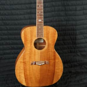 Asher 000-H4 2010 Koa Brown for sale
