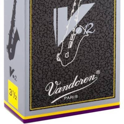 Vandoren SR6135 V12 Alto Sax Reed # 3.5