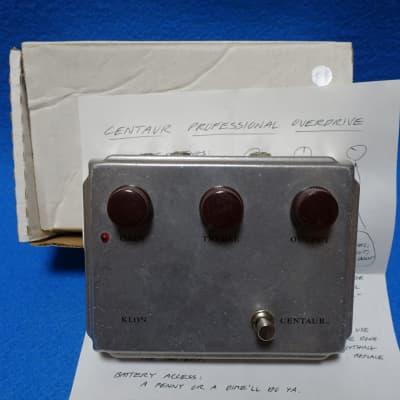 Klon Centaur w/Box, Manual Professional Overdrive (Non-Horsie) 2000s Silver